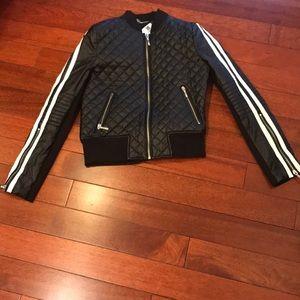 💋three jacket/vest bundle